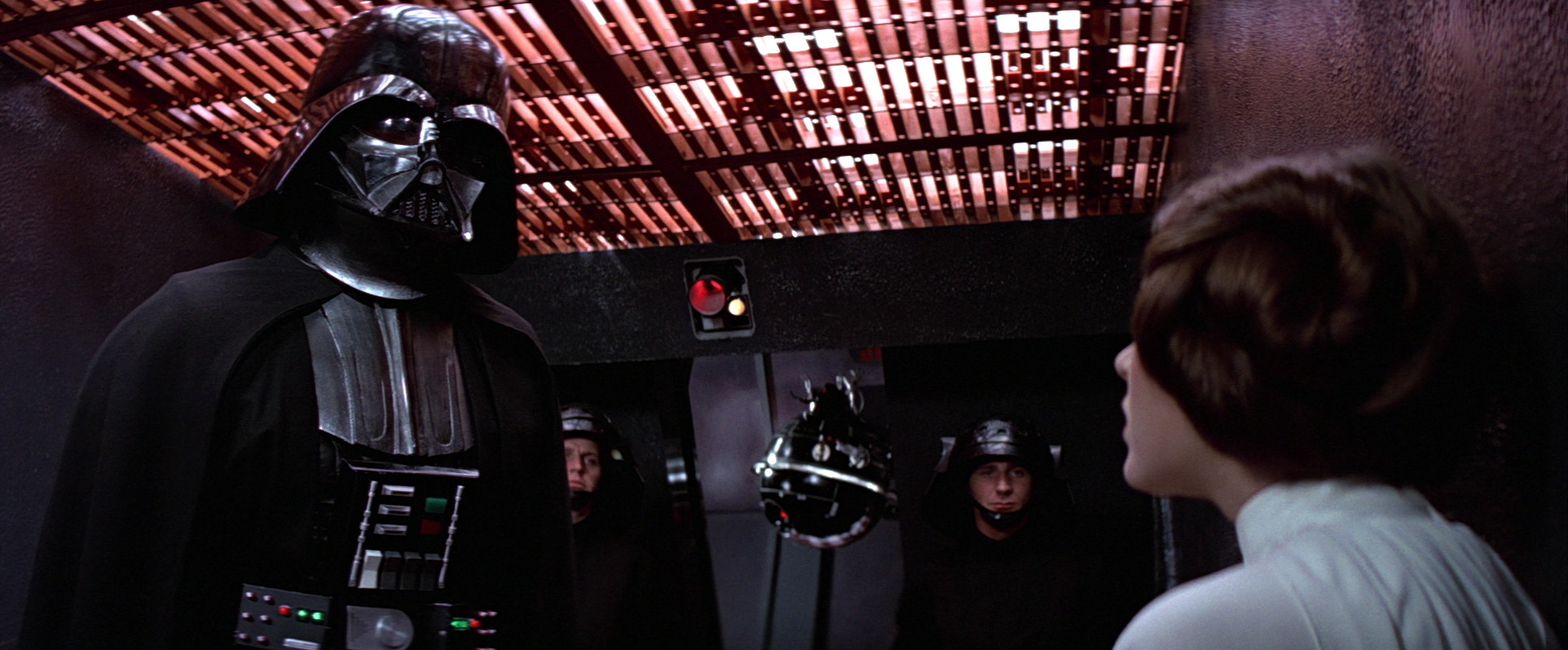 Vader using an interrogation droid on Leia