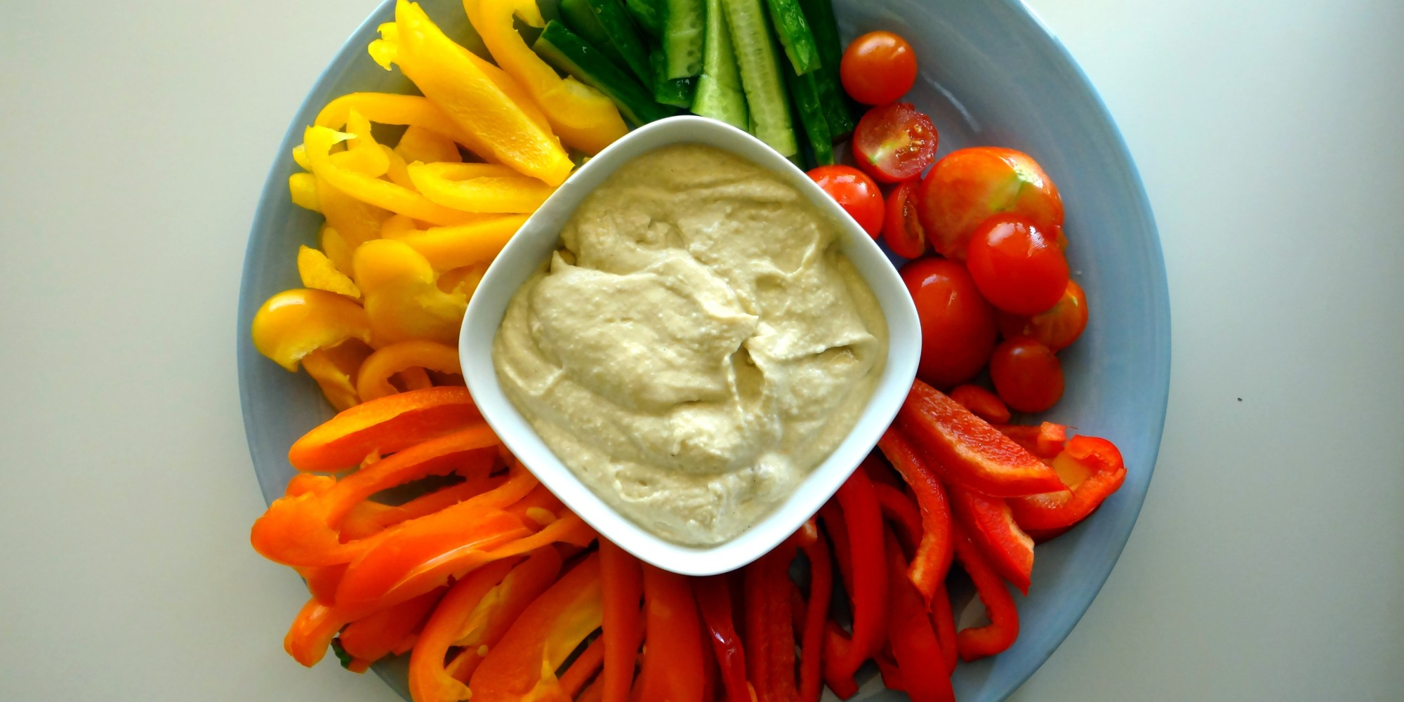 [photo] A veggie plate with hummus